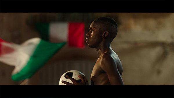 Il Mondiale in Piazza (short) – trailer